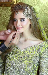 Kashee's Beauty Parlour Kashee's Beauty Parlour Dulhan Makeup 002