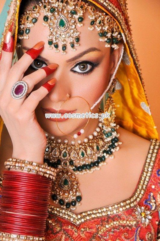 Mahrose Beauty Parlour Bridal Makeup Charges 2017 U2013 Saubhaya Makeup