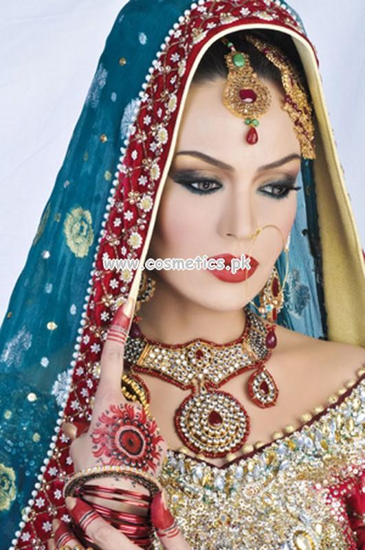 Mahrose Beauty Parlour Makeup Video - Makeup Vidalondon