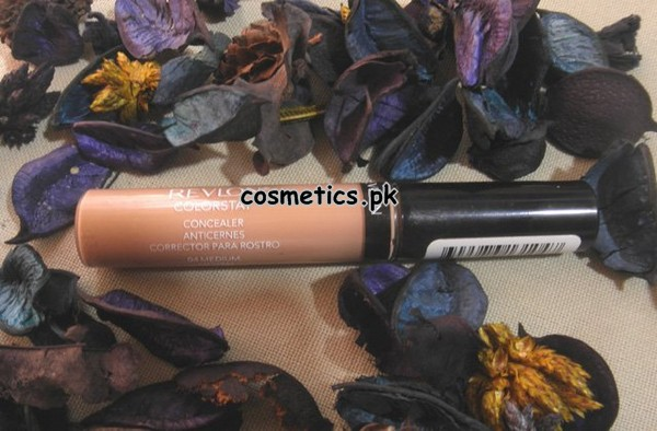 Revlon Colorstay Concealer 2014 - Review and Swatches 1