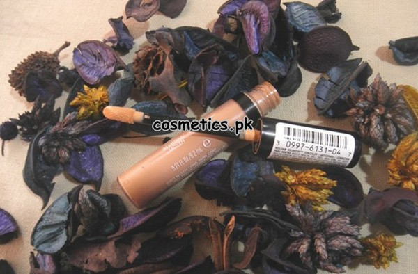 Revlon Colorstay Concealer 2014 - Review and Swatches 3