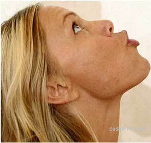 14 Best Yoga Exercises For Slimming Your Face 3