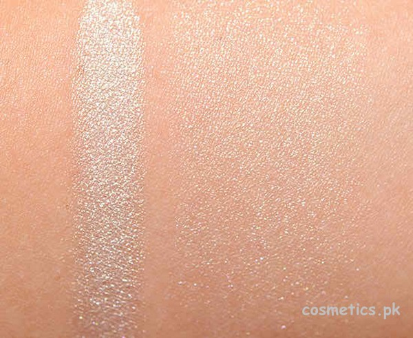 Chanel Camelia de Plumes Highlighter Swatches