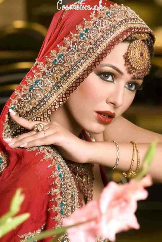Mona J Salon Makeup 29