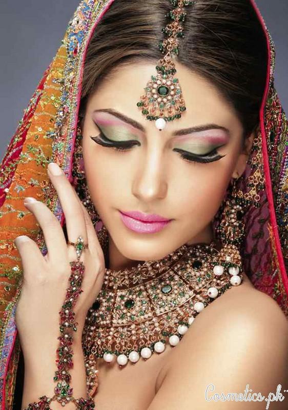 5 Latest Bridal Makeup Videos 2015 - Asian Bridal Makeup
