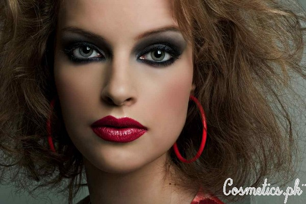 Bold Eyes and Lips Makeup Look Video Cover Picture