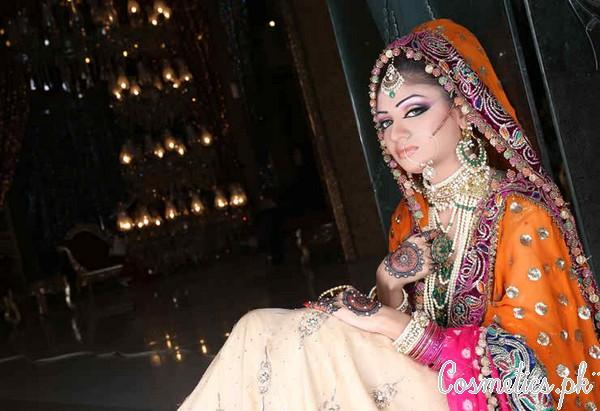 Kashee S Mehndi Makeup : Latest bridal makeup by kashee s beauty parlour