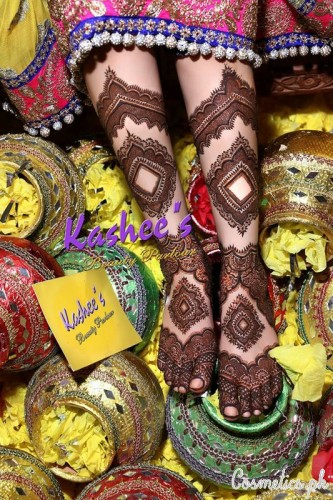 Bridal Mehndi and Hairstyling By Kashee's - Uroos Mehndi
