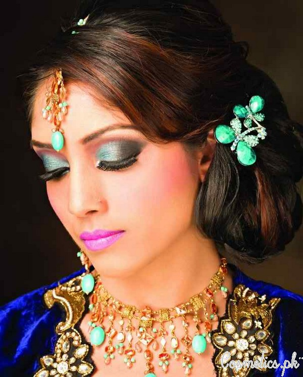 Latest Indian Bridal Eye Makeup 2015 Ferozi