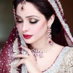 Latest Pakistani Bridal Eye Makeup 2015 - Golden