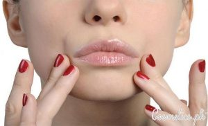 5 Best Ways To Remove Upper Lip Hair Naturally