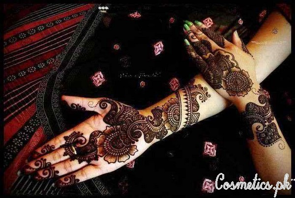 Top 10 Peacock Mehndi Designs For Eid 2015