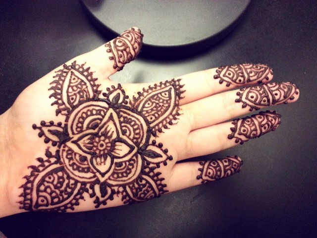 30 Simple Henna Designs For Beginners 0025