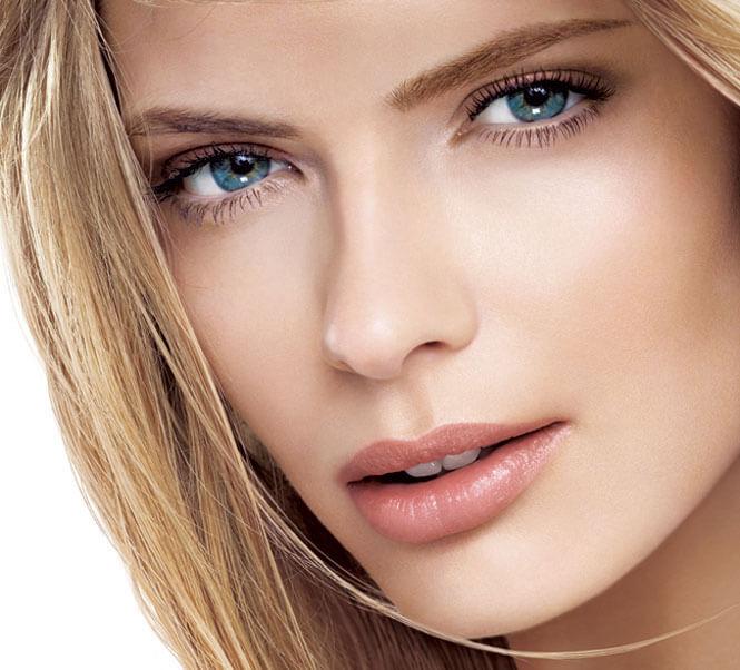 Top 6 Small Eye Makeup Tips - BRIGHTEN EYES