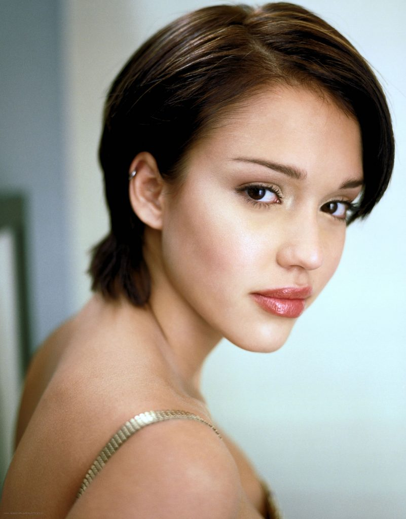 16+ Jessica Alba Hairstyles In 1999 90's Inspired Look
