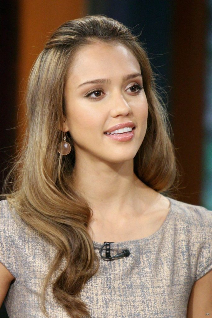 16+ Jessica Alba Hairstyles In 2007 Lush Brunette Look