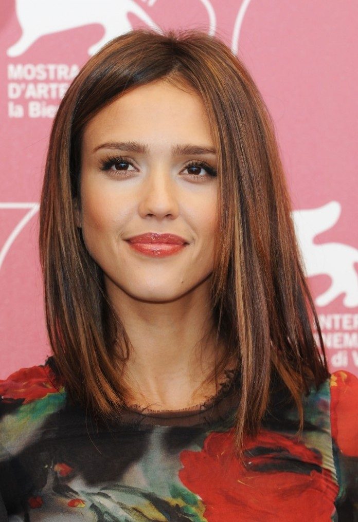 16+ Jessica Alba Hairstyles In 2010 Layered Bob Look