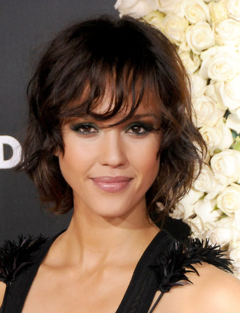 16+ Jessica Alba Hairstyles In 2012 Short Black Sultry Look