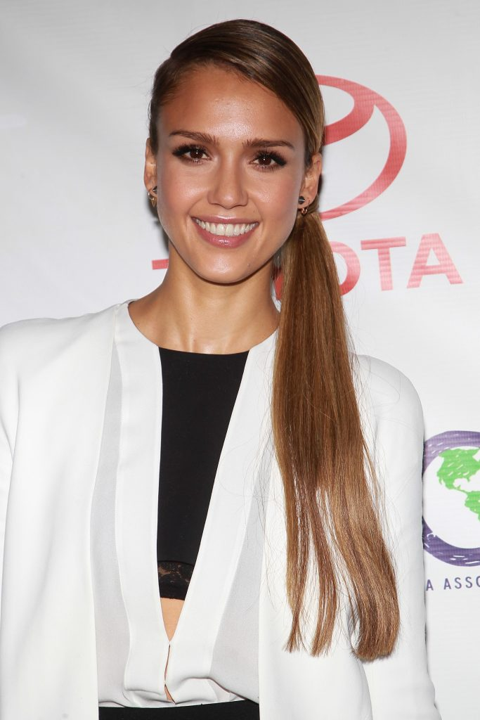 16+ Jessica Alba Hairstyles In 2012 Sleek Side Pony Tail Look
