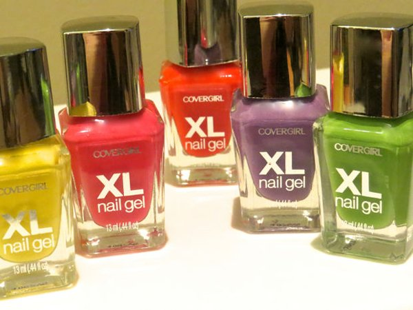 Top 10 Best Gel Nail Polish Kit In Pakistan-CoverGirl XL Nail Kit