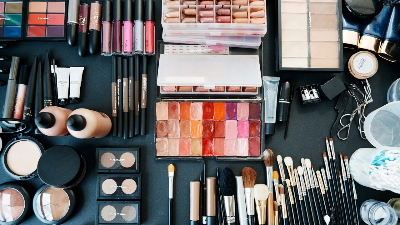 Online Cosmetics Shopping In Pakistan, 100% Authentic Makeup